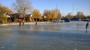 tükörsima jégen